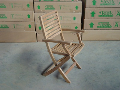Teak Blora Folding Arm Chair